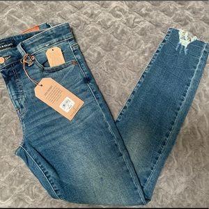 NEW - Ava Skinny Lucky Brand Jeans